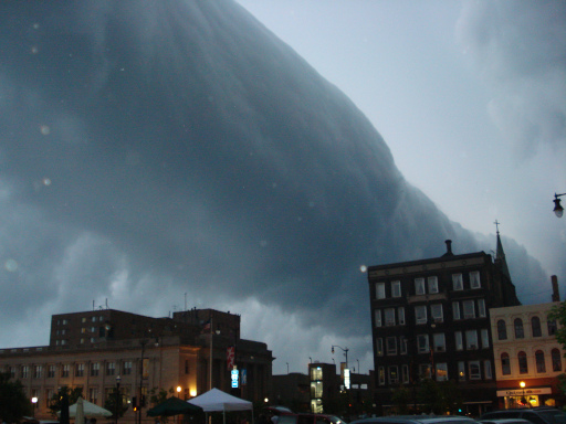 A roll cloud associated with a severe thunderstorm over Racine, Wisconsin, United States